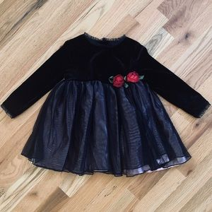 INFANT- CHILDREN'S PLACE Black Dress Sz 24 Months